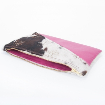 Bette Clutch – Clutch made of Lasered Bull Fur