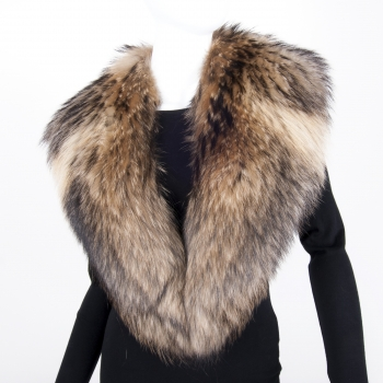 Collar Made of Finn Racccon Fur - XL