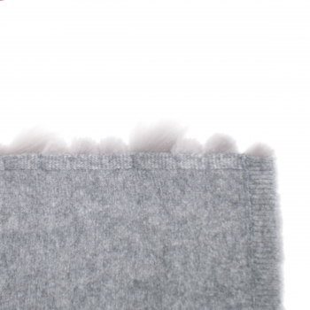 Cashmere Scarf in grey with finnraccoon fur stripes